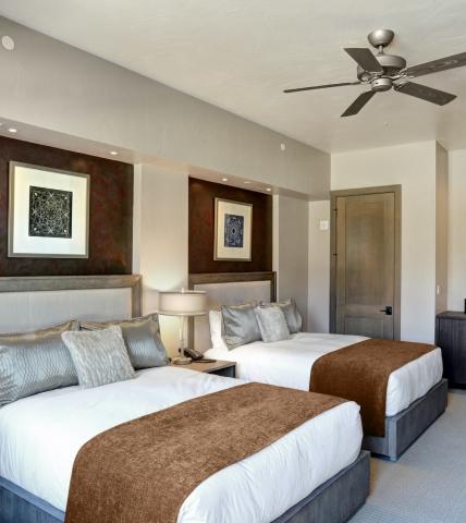 Casita Double Queen Room at Garden of the Gods Resort and Club