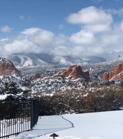 Snow at Garden of the Gods Resort & Club