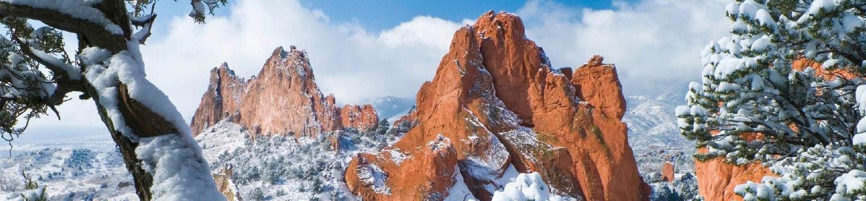 garden of the gods rocks covered in snow