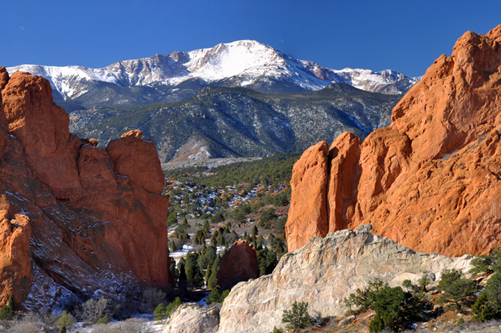 snow capped mountains garden of the gods